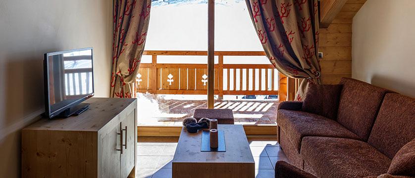 Le Napoleon Apartments & Spa - living area 3